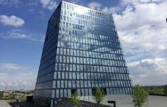 AkzoNobel plays it cool as Russian building shapes up for top award